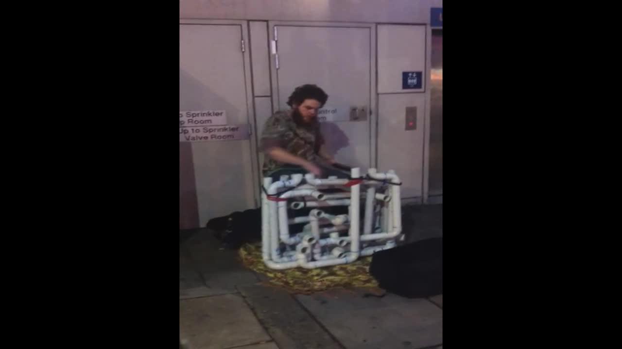 street performer kills it. .