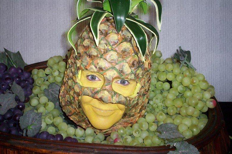 Pineapple head. kinda creepy but hey its a pineapple.. hahah what the pineapple Head wierd