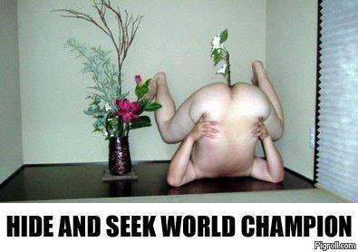That's a strange vase. Deserves a medal. HIE! MI] SEEK WI] hdie seek Champion