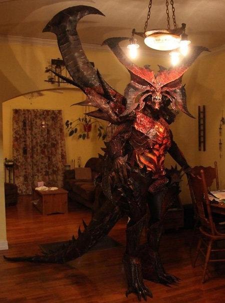 Diablo Costume Win. . Diablo Costume Win