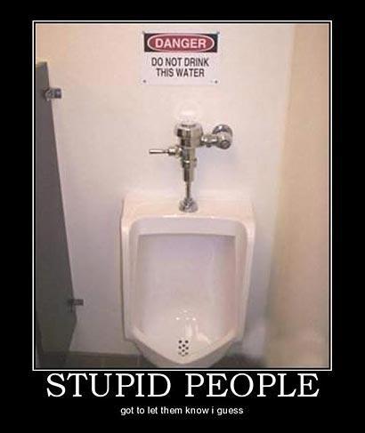 Do Not Drink. Some people..... looks like... puts on glasses stupid people drown in their piss YEEEAAAAAAHHHHHHHHHH!!!!! Toilet water drink Stupid