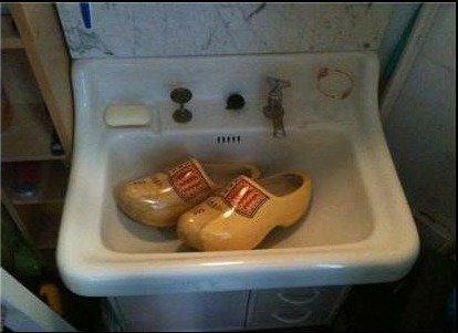 hey guys, my sink is clogged.... getitgetitgetitgetit??.. I always wonder, what wood i do in that sinktuation i ont tag anythi