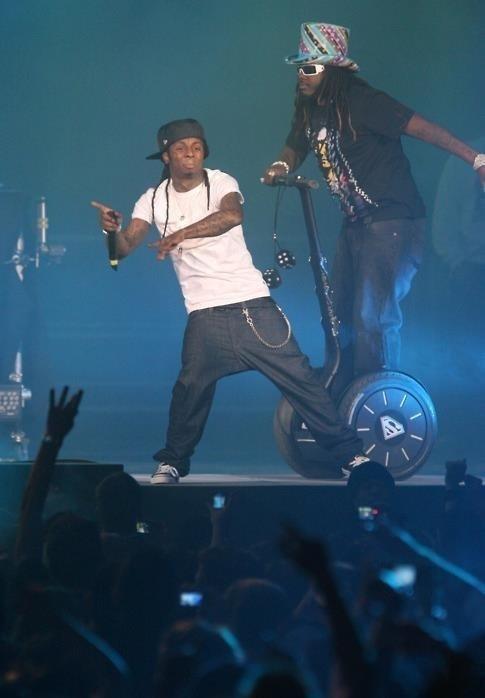 Hip hop just went full retard. . Hip hop just went full retard