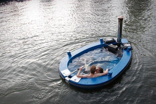 Hot Tub Boat. Anyone want?.. http://www. thisiswhyimbroke . com/hot-tub-boat uwantulose
