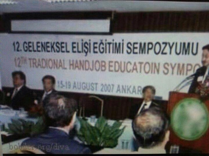 Translation fail. .. Educated in hand? turkish traditional Handjob Education Symposium WTF